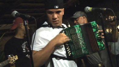 Photo of Julio Swing A Cuarteto En El Rest D Amigos Cafe Moncion (2-2-2014)