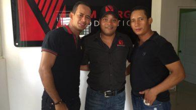 Photo of Los musicos de Kerubanda gravando en el studio Angelo Vargas A&M Vargas Productions SRL