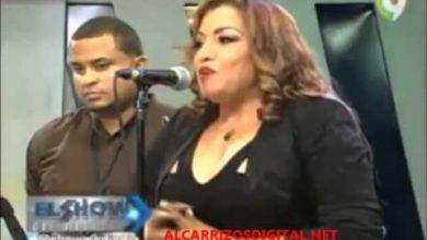Photo of Diomelo Martinez insulta la musica tipica delante de Maria Diaz