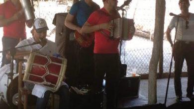 Photo of El Super Cuarteto Chiqui Rodriguez, Junior tambora, Hensy guira, Robin bajo y Peye Peña (1-15-2016)