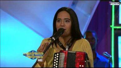 Photo of Raquel Arias Tipica Cristiana En De Extremo a Extremo (Mayo 2016)