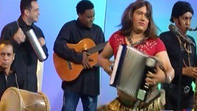 Photo of Raquel Arias (Parodia) El Barrigón en El Show de Raymond y Miguel (Video)