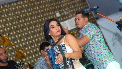 """Photo of ¡El Señor reprenda! Raquel Arias estrena canción """"Me gusta parao"""""""