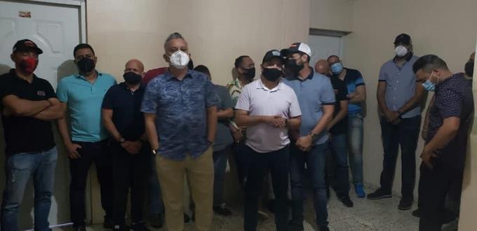 Apresan a los músicos de Banda Real por violar toque de queda en Santiago